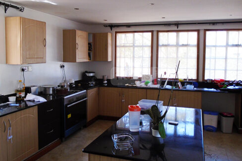 house-for-sale-in-new-kitisuru-tysons-limited-10