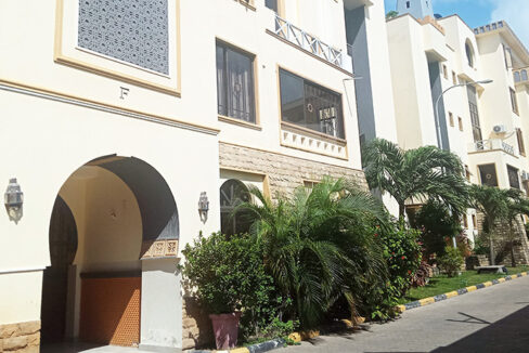 house-for-sale-in-nyali-marrakech-village-tysons-limited-2